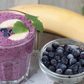 Almond, Blueberry & Banana Smoothie