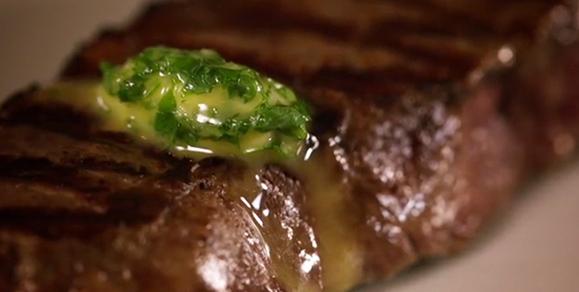 Dairygold, Garlic & Parsley Steak Topper